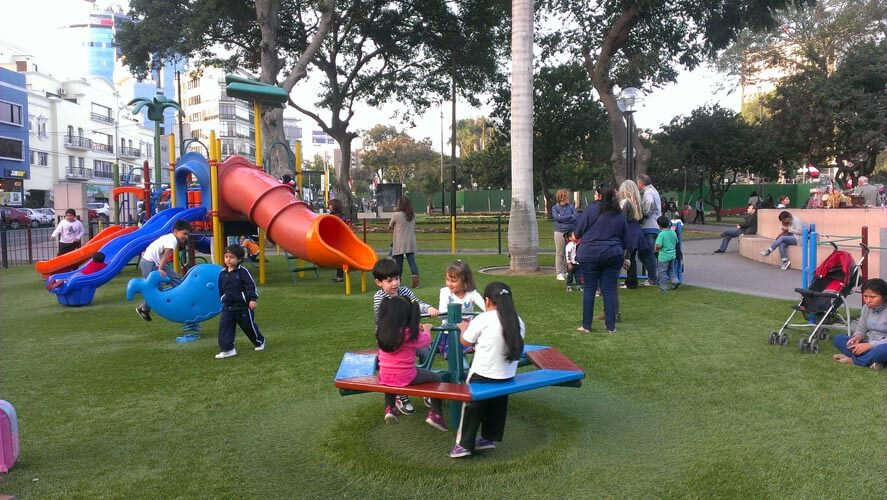 Jet Lag With Toddlers, Jet lag with kids, Avoid Jet Lag, Family Travel