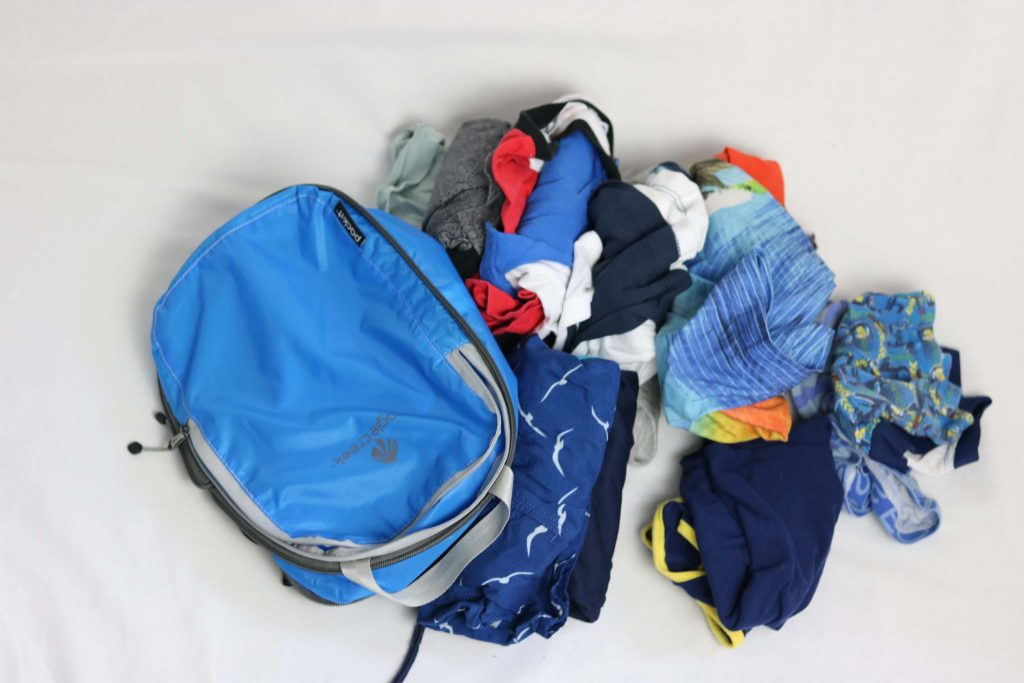 5 Pro Tips For Using Packing Cubes For Family Travel