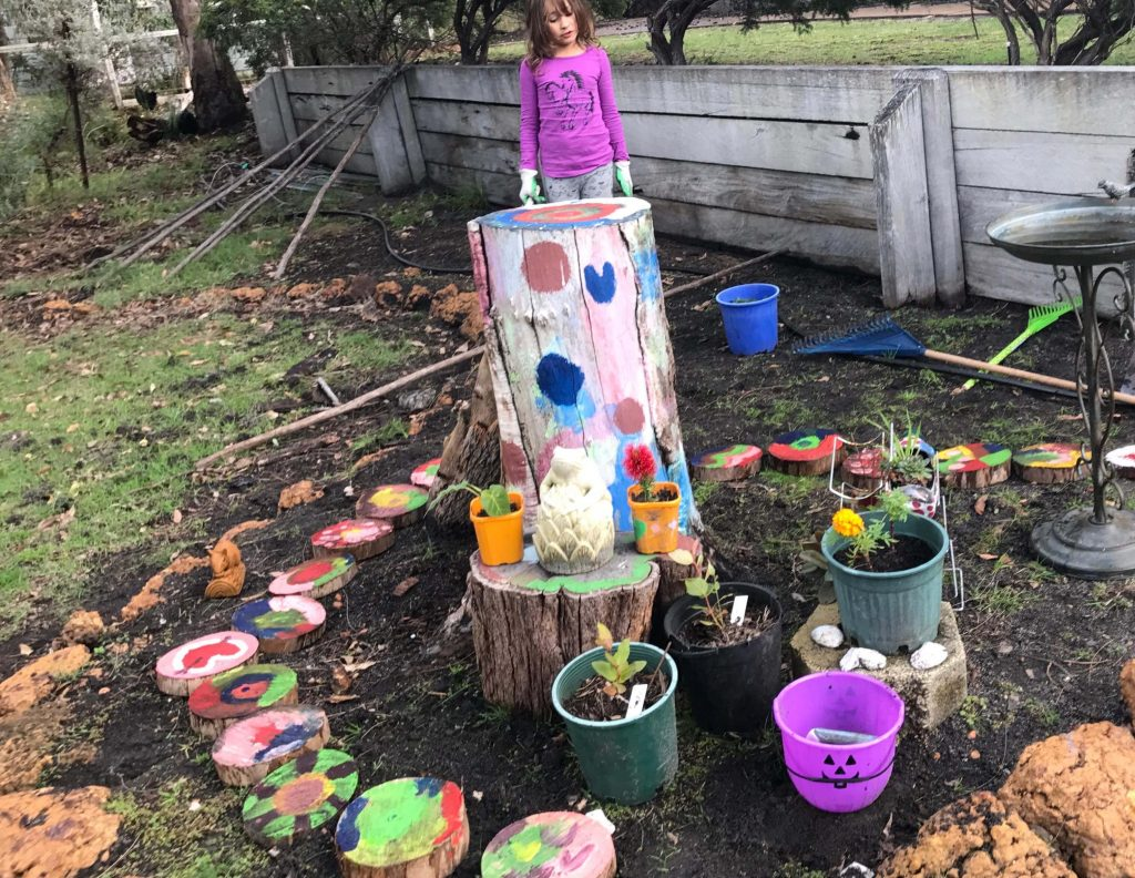 Creative Ideas for working in the garden with kids