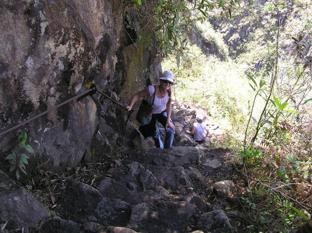 climbing-huayna-picchu