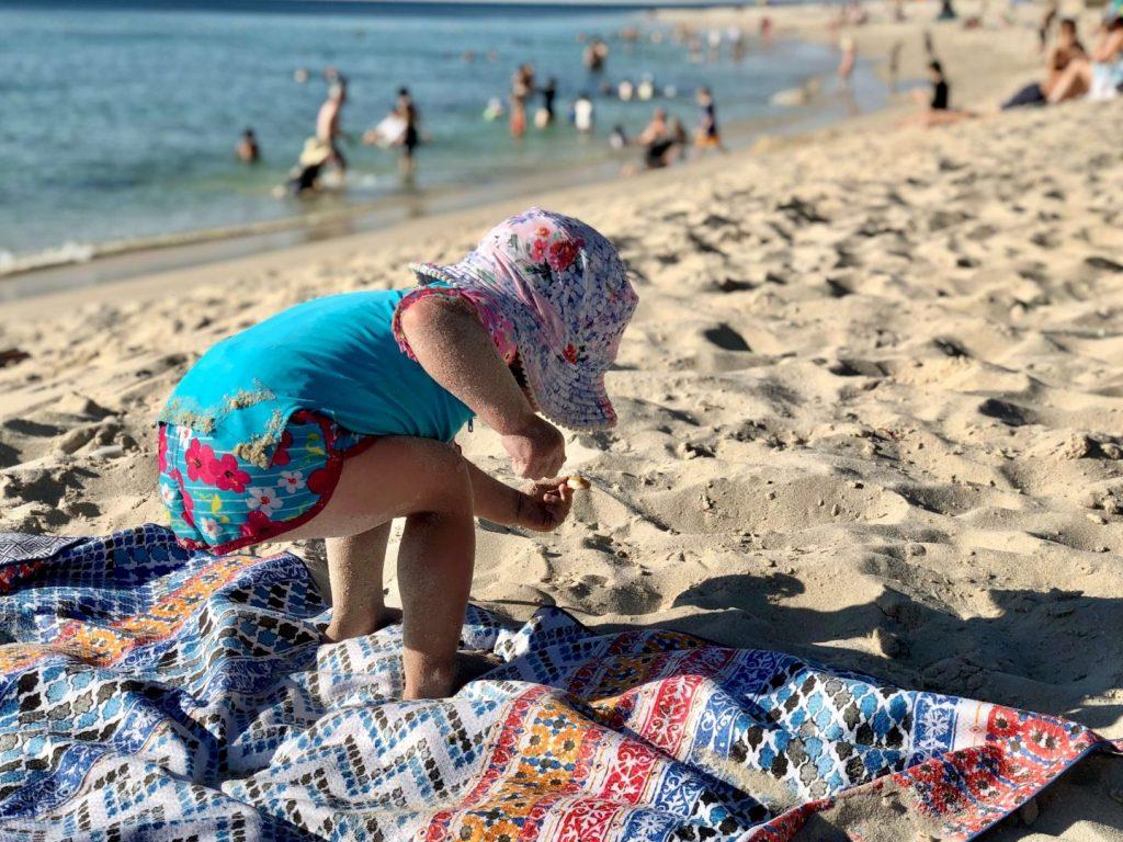 beach towel sand free