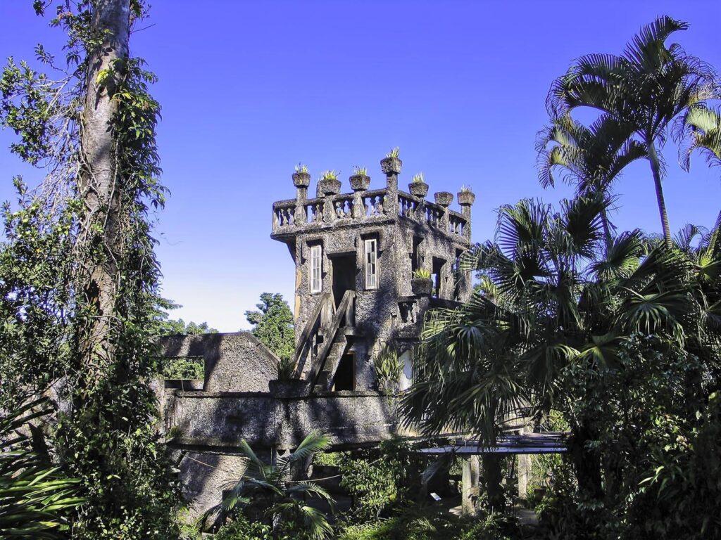queensland man made landmarks